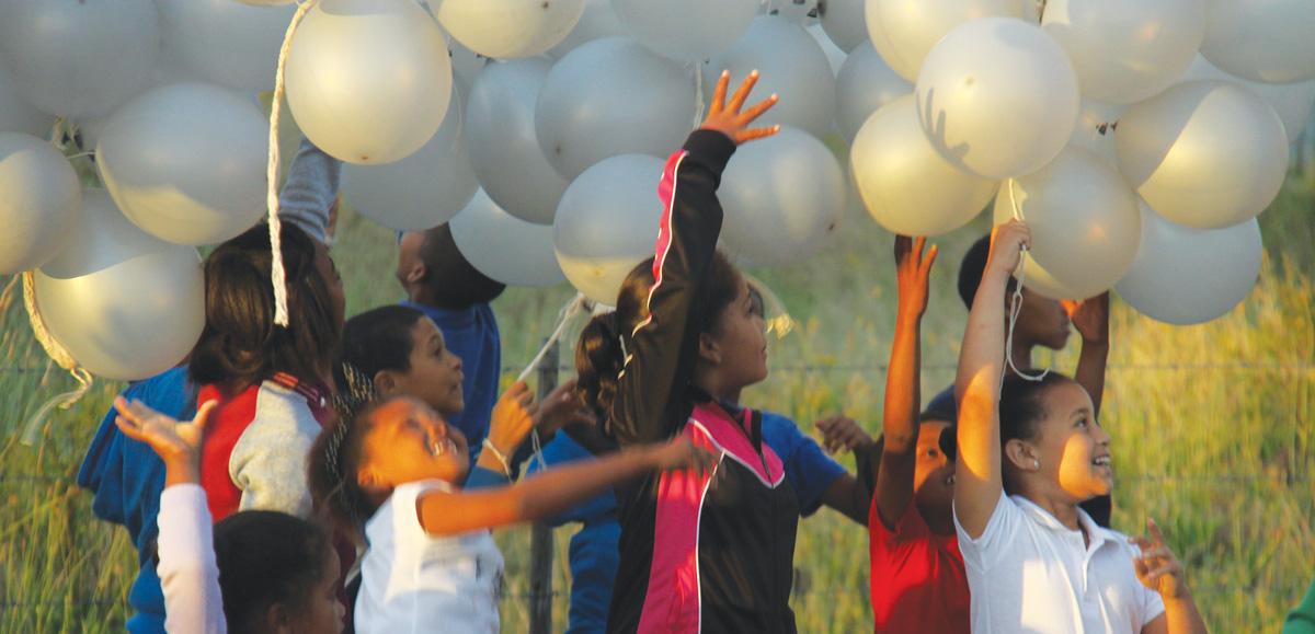 kinders-met-balonne