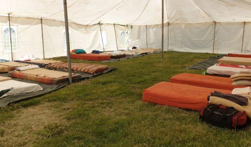 Korona: Tente, kospakkies en noodplanne vir haweloses